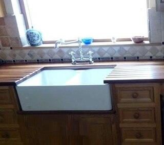 Franke MHK110-28 Fireclay Kitchen Sink