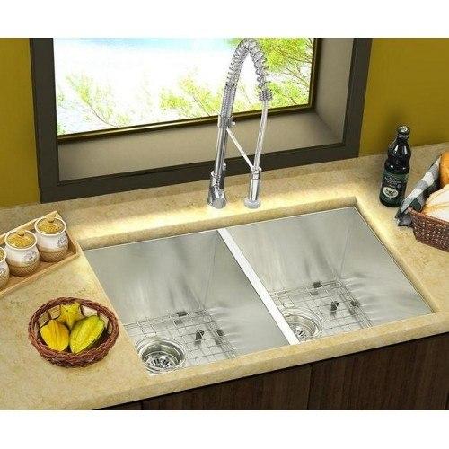 Lada LD2920 Undermount 29 Inch Zero Radius 50/50 Double Bowl Kitchen Sink