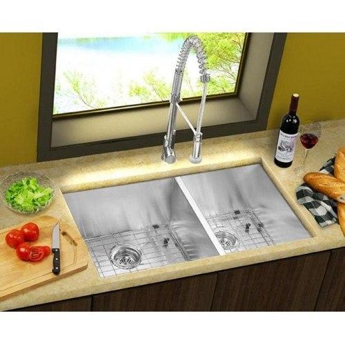Lada LD3320 Undermount 33 Inch Zero Radius Double Bowl Kitchen Sink
