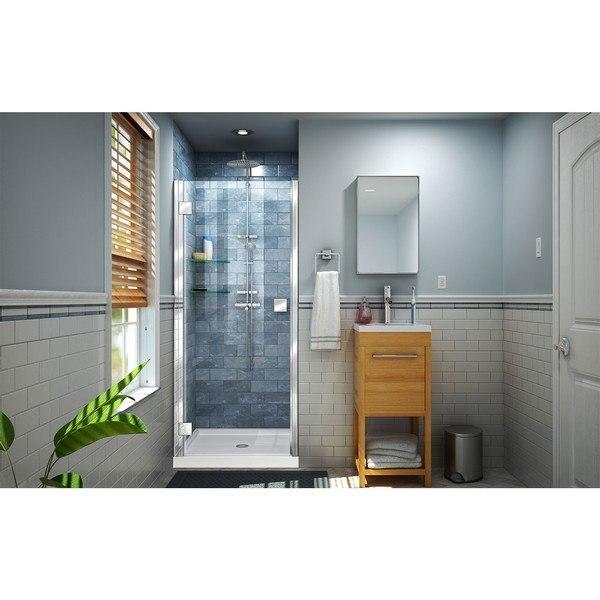 Lumen Shower Door in Chrome