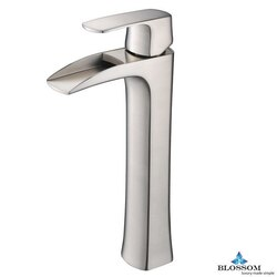 BLOSSOM F01 305 02 SINGLE HANDLE LAVATORY FAUCET IN BRUSH NICKEL