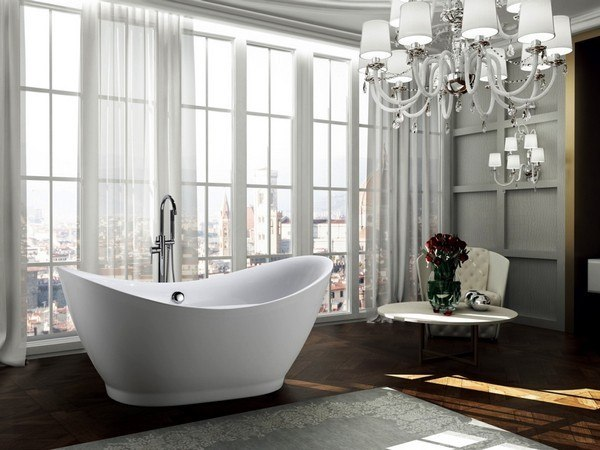 BellaTerra BA6514 Salerno 68 inch Freestanding Bathtub in Glossy White