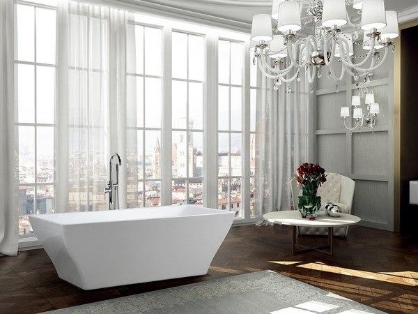 BellaTerra BA6826 Messina 71 Inch Freestanding Bathtub in Glossy White
