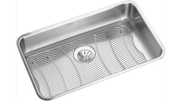 ELKAY ELUH2816PDBG 30-1/2 L X 18-1/2 W X 7-1/2 D UNDERMOUNT KITCHEN SINK WITH DRAIN AND BOTTOM GRID