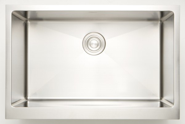 AMERICAN IMAGINATIONS AI-27437 33 INCH UNDERMOUNT SINGLE BOWL 16 GAUGE STAINLESS STEEL KITCHEN SINK IN CHROME