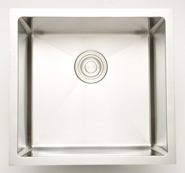 AMERICAN IMAGINATIONS AI-27526 17 INCH UNDERMOUNT SINGLE BOWL 18 GAUGE STAINLESS STEEL KITCHEN SINK IN CHROME