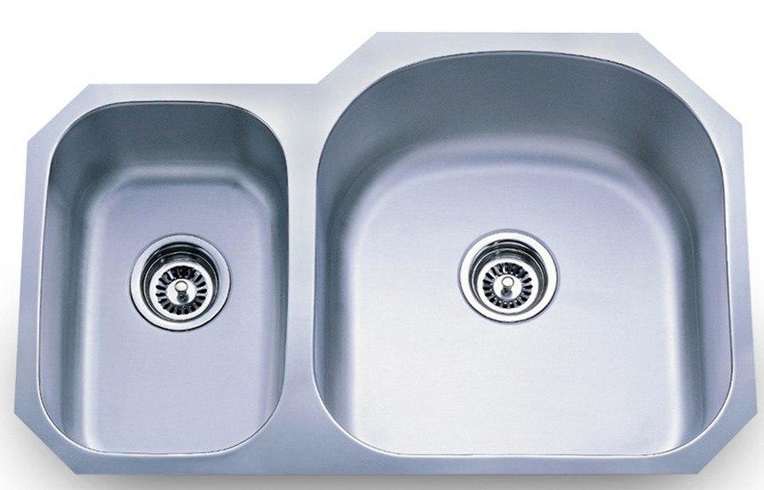 Dowell USA 6001 3120R Undermount Series 31 Inch Undermount Kitchen Sink - 18 Gauge