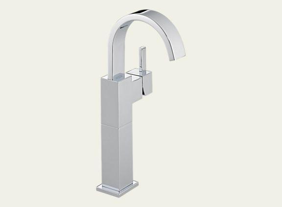 Delta 753LF Vero Single Handle Centerset Lavatory Faucet with Riser - Less Pop-Up