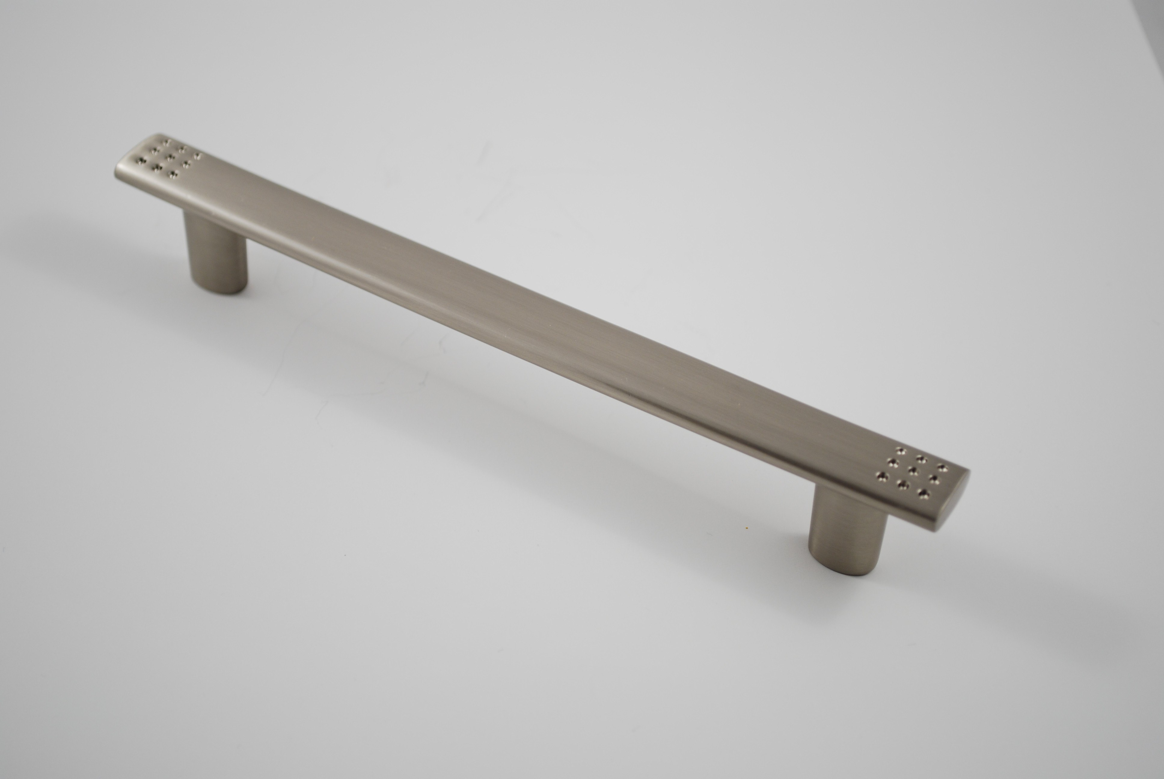 Residential Essentials 10255 Cabinet Pull