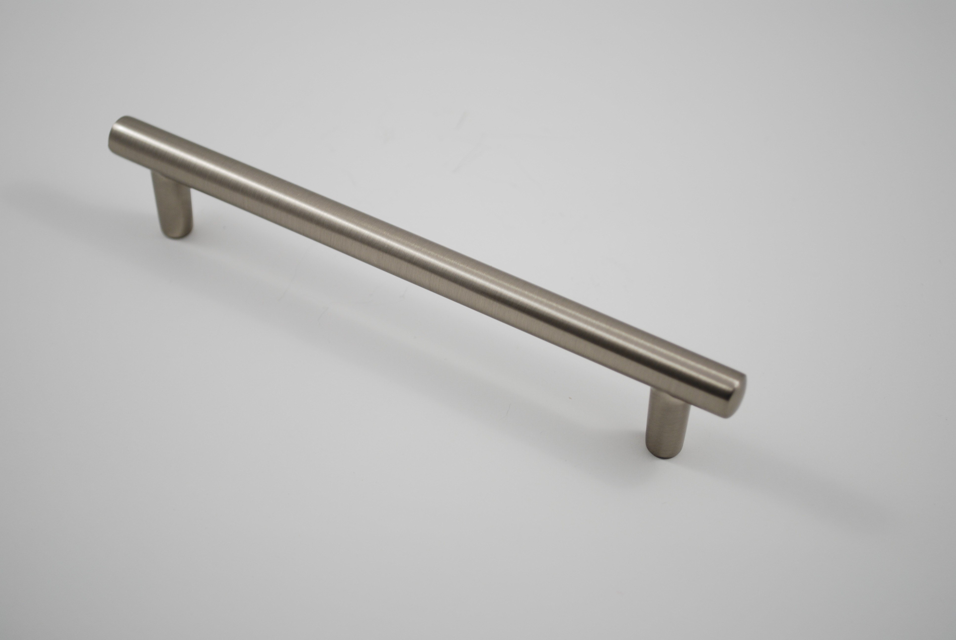 RESIDENTIAL ESSENTIALS 10336 CABINET PULL