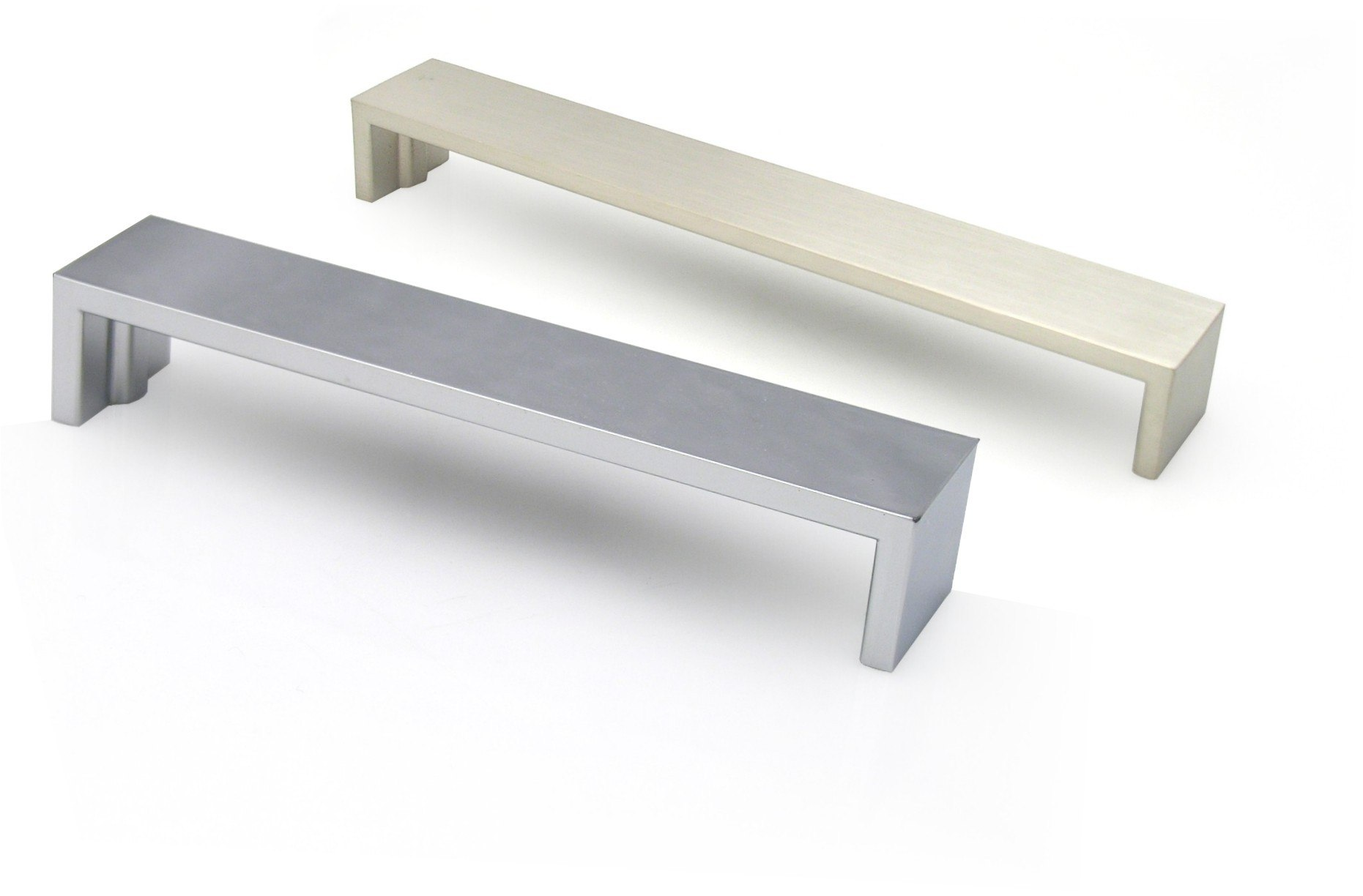 TOPEX Z01442240067 BROAD FLAT BENCH PULL 8 7/8 INCHES (224MM) BRUSHED NICKEL