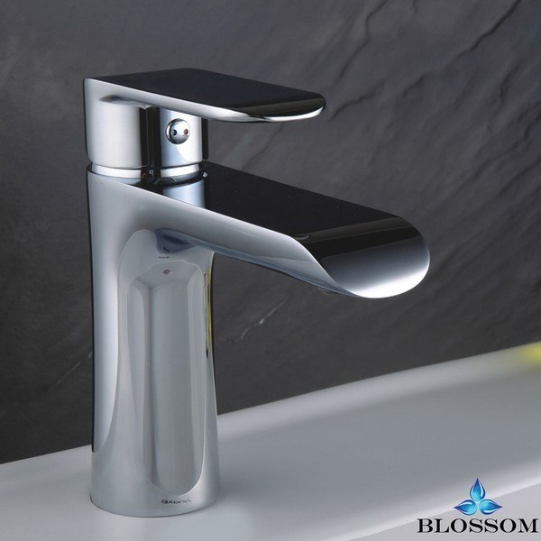 BLOSSOM F01 111 01 SINGLE HANDLE LAVATORY FAUCET IN CHROME