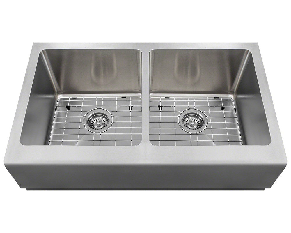 Polaris P604-ENS 16 Gauge Kitchen Ensemble (Sink, 2 Standard Strainers, and  2 Sink Grids)